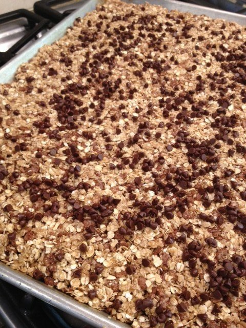 chocolately no bake granola bars