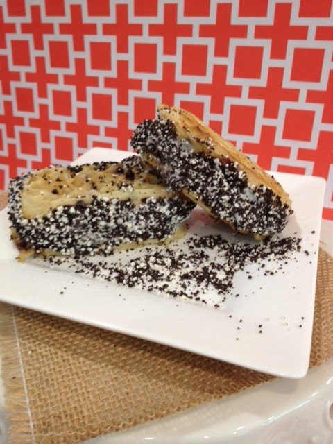 DIY Oreo Ice Cream Sandwich