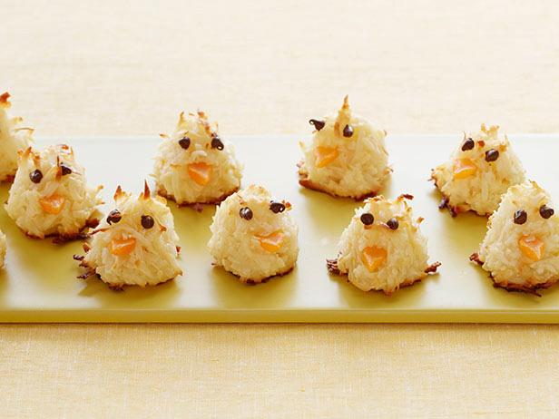 lemon macaroon chicks